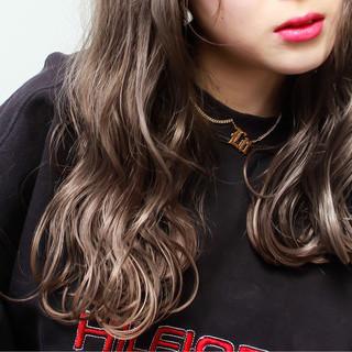ストリート グレージュ 外国人風 ハイライト ヘアスタイルや髪型の写真・画像