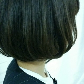 アッシュ ハイライト ボブ 黒髪 ヘアスタイルや髪型の写真・画像