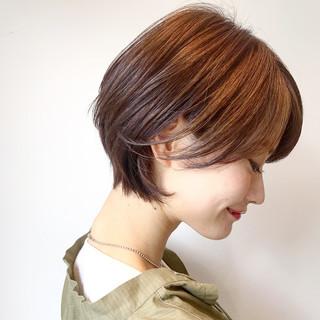 オフィス ナチュラル ヘアアレンジ ショート ヘアスタイルや髪型の写真・画像