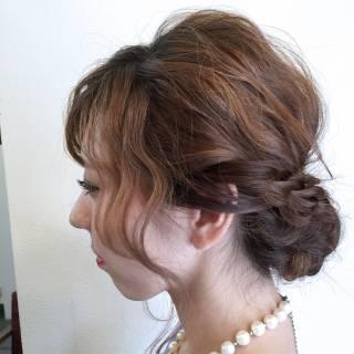 ヘアアレンジ シニヨン ナチュラル ゆるふわ ヘアスタイルや髪型の写真・画像