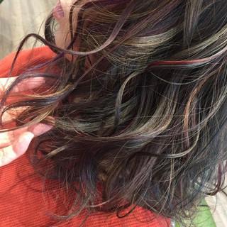 ダブルカラー ロング アンニュイほつれヘア 無造作 ヘアスタイルや髪型の写真・画像
