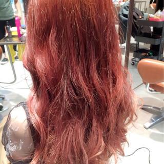 フェミニン 簡単ヘアアレンジ セミロング 外国人風 ヘアスタイルや髪型の写真・画像