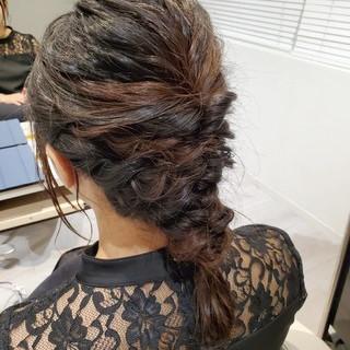 ミディアム ヘアアレンジ ヘアセット 編みおろし ヘアスタイルや髪型の写真・画像