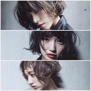 アッシュ 色気 大人女子 グラデーションカラー ヘアスタイルや髪型の写真・画像