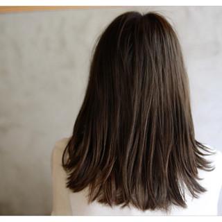暗髪 セミロング ヘアアレンジ ナチュラル ヘアスタイルや髪型の写真・画像