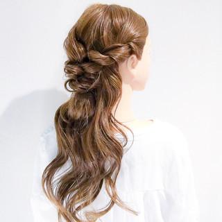 オフィス ロング フェミニン 簡単ヘアアレンジ ヘアスタイルや髪型の写真・画像