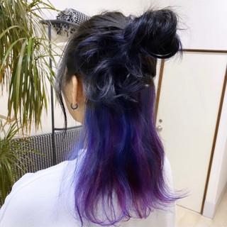 インナーカラー 派手髪 パープル モード ヘアスタイルや髪型の写真・画像