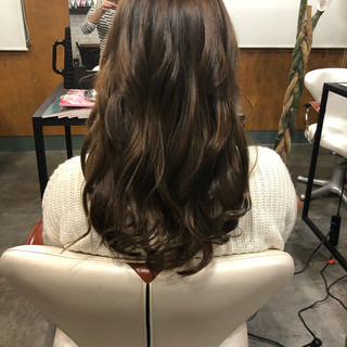 3Dハイライト セミロング ツヤ髪 エレガント ヘアスタイルや髪型の写真・画像