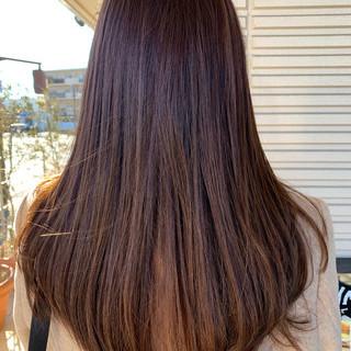 オフィス デート ストレート ロング ヘアスタイルや髪型の写真・画像 ヘアスタイルや髪型の写真・画像