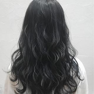 外国人風 透明感 セミロング グレージュ ヘアスタイルや髪型の写真・画像