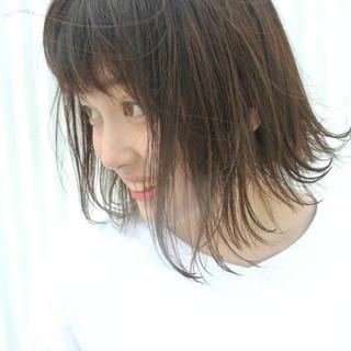 エレガント アウトドア 簡単ヘアアレンジ 透明感 ヘアスタイルや髪型の写真・画像