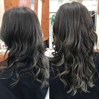 フェミニン ヘアオイル ロング ハイライト ヘアスタイルや髪型の写真・画像