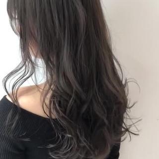 イルミナカラー グレージュ ロング 暗髪女子 ヘアスタイルや髪型の写真・画像