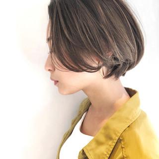 ショートボブ ナチュラル 簡単ヘアアレンジ ハンサムショート ヘアスタイルや髪型の写真・画像