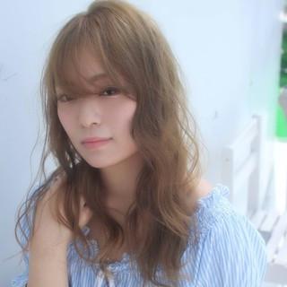 アンニュイ グラデーションカラー ロング ウェーブ ヘアスタイルや髪型の写真・画像