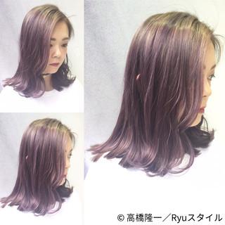 ストリート ピンク グレー ミディアム ヘアスタイルや髪型の写真・画像