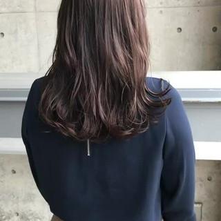 ピンクアッシュ ナチュラル グレージュ ベリーピンク ヘアスタイルや髪型の写真・画像