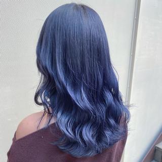 モード ネイビーブルー ブルージュ セミロング ヘアスタイルや髪型の写真・画像