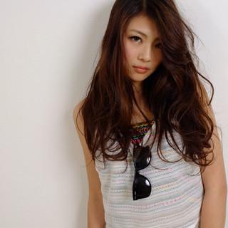 かわいい 大人女子 ウェーブ ロング ヘアスタイルや髪型の写真・画像