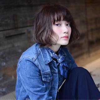 暗髪 ブラウン 外国人風 アッシュ ヘアスタイルや髪型の写真・画像