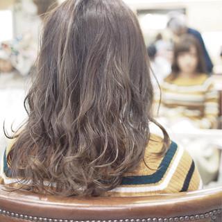 コンサバ かわいい ナチュラル オフィス ヘアスタイルや髪型の写真・画像