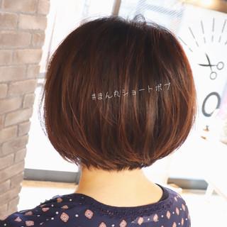 ゆるふわ ショートヘア ショートボブ ナチュラル ヘアスタイルや髪型の写真・画像