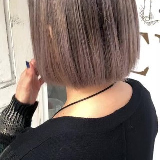 ホワイトアッシュ ボブ モード ホワイトシルバー ヘアスタイルや髪型の写真・画像