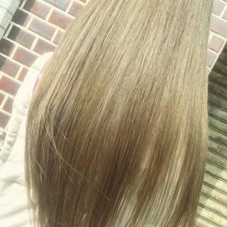 アッシュ ナチュラル マット ロング ヘアスタイルや髪型の写真・画像 ヘアスタイルや髪型の写真・画像