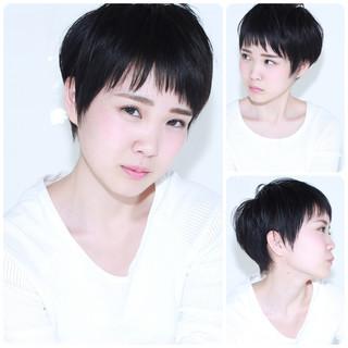 前髪あり 黒髪 暗髪 ナチュラル ヘアスタイルや髪型の写真・画像