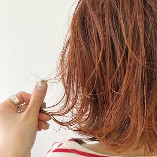 ボブ 切りっぱなしボブ ショートボブ 波ウェーブ ヘアスタイルや髪型の写真・画像