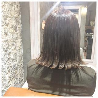 黒髪 切りっぱなし 色気 ミディアム ヘアスタイルや髪型の写真・画像