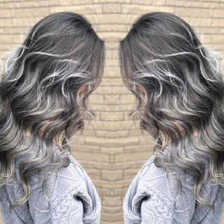 セミロング 外国人風 デート ストリート ヘアスタイルや髪型の写真・画像