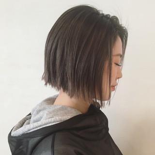 暗髪 ストリート 切りっぱなし アッシュ ヘアスタイルや髪型の写真・画像