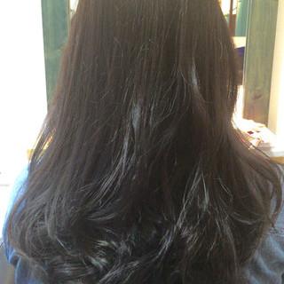 アッシュ ロング ガーリー 外国人風 ヘアスタイルや髪型の写真・画像 ヘアスタイルや髪型の写真・画像