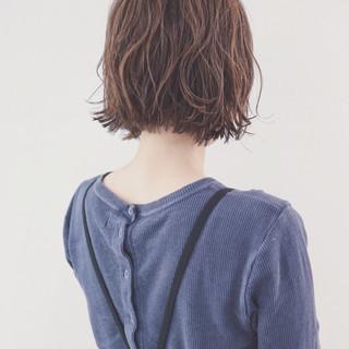 ボブ ニュアンス パーマ 透明感 ヘアスタイルや髪型の写真・画像
