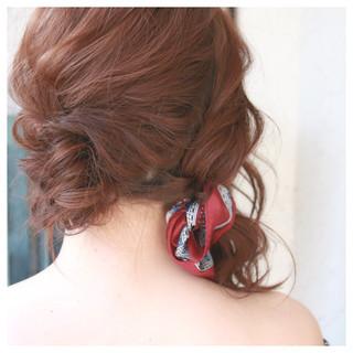 ハーフアップ 春 ミディアム エレガント ヘアスタイルや髪型の写真・画像 ヘアスタイルや髪型の写真・画像