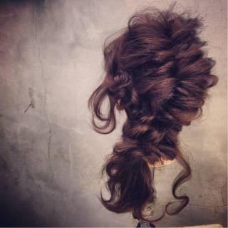 コンサバ フィッシュボーン 編み込み くるりんぱ ヘアスタイルや髪型の写真・画像 ヘアスタイルや髪型の写真・画像