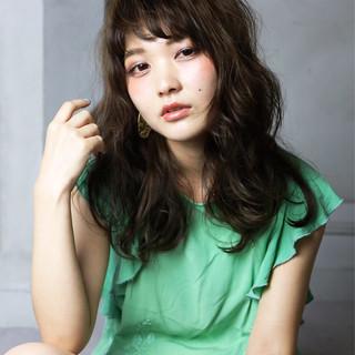 モード アッシュ セミロング 外国人風 ヘアスタイルや髪型の写真・画像