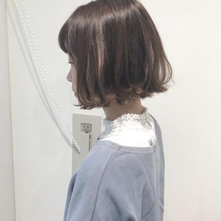 ボブ 外ハネ ナチュラル ミニボブ ヘアスタイルや髪型の写真・画像