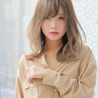 小顔ヘア ゆるふわ 大人かわいい モテ髪 ヘアスタイルや髪型の写真・画像