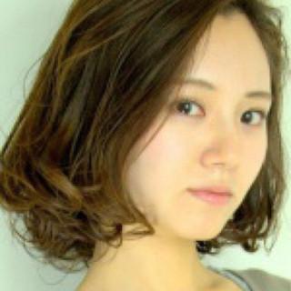 暗髪 ゆるふわ ストリート アッシュ ヘアスタイルや髪型の写真・画像