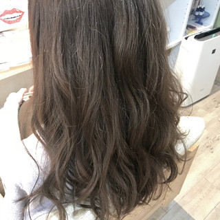 イルミナカラー アッシュグレー アッシュベージュ グレージュ ヘアスタイルや髪型の写真・画像
