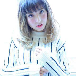 グラデーションカラー フェミニン 大人女子 セミロング ヘアスタイルや髪型の写真・画像
