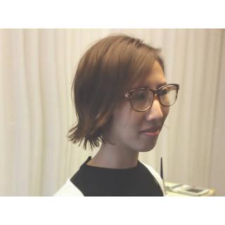 外ハネ 透明感 暗髪 モード ヘアスタイルや髪型の写真・画像