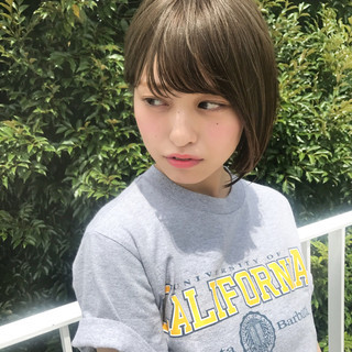 アッシュ 大人かわいい オリーブアッシュ リラックス ヘアスタイルや髪型の写真・画像