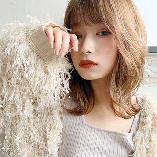 大人ミディアム ミディアム デジタルパーマ フェミニン ヘアスタイルや髪型の写真・画像