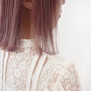 ナチュラル ミニボブ ピンクパープル ピンクカラー ヘアスタイルや髪型の写真・画像