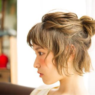 ショート 簡単ヘアアレンジ ヘアアレンジ ゆるふわ ヘアスタイルや髪型の写真・画像 ヘアスタイルや髪型の写真・画像