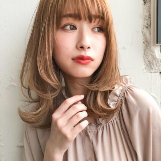 フェミニン ふんわり前髪 レイヤースタイル 鎖骨ミディアム ヘアスタイルや髪型の写真・画像