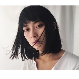 色気 フリンジバング 前髪あり 黒髪 ヘアスタイルや髪型の写真・画像